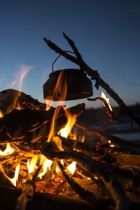 Photo Svanthe Harström Sotpanna över eld