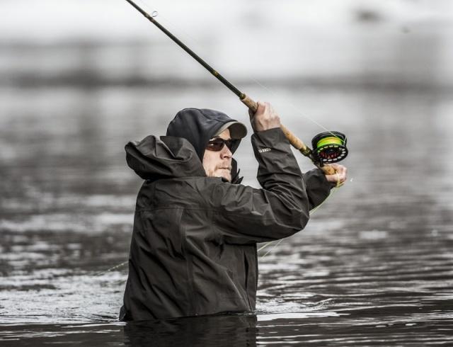 Photo Svanthe Harström.  River Ljungan Sweden, Daniel Persson fishing