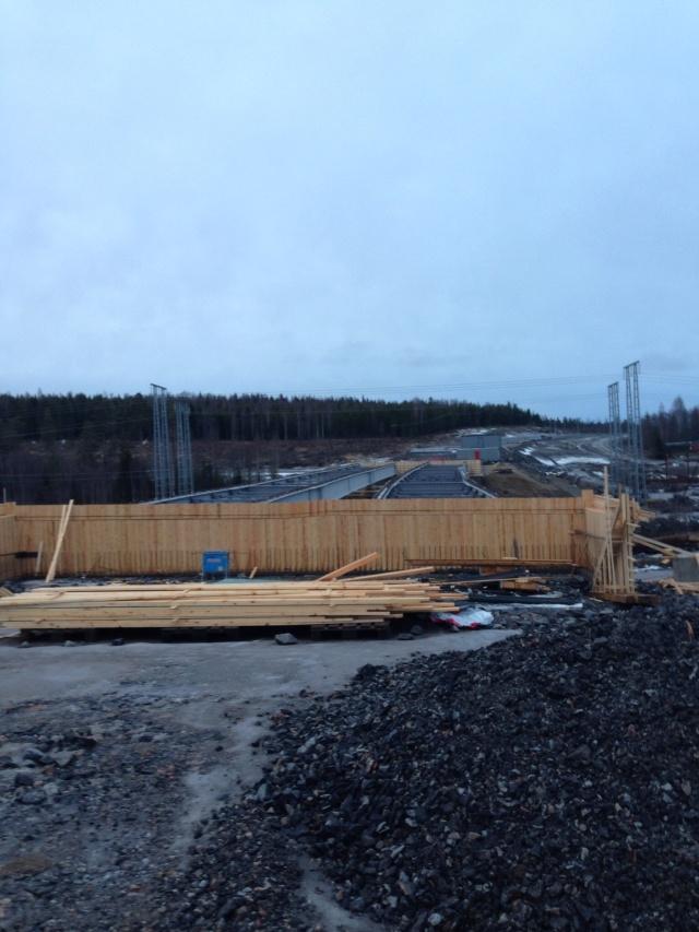 Foto Leo Oras Bron över Vaplebäcken blir 120 meter lång. Bron den 25/12 2013.